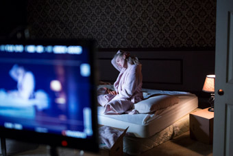 penelope mitchell filming scene from apartment 212